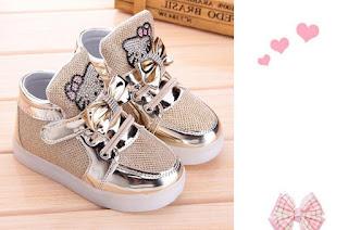 Gambar Sepatu Hello Kitty untuk Anak 2
