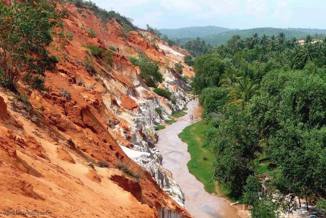 La rivière des fées ou fairy stream à Mui Ne au Vietnam