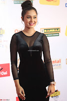 Vennela in Transparent Black Skin Tight Backless Stunning Dress at Mirchi Music Awards South 2017 ~  Exclusive Celebrities Galleries 096.JPG