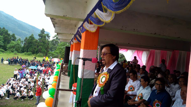 Chief guest RB Lama Gorkhaland Territorial Administration BOA PRO addressing Independence Day programme 2018 Mungpoo