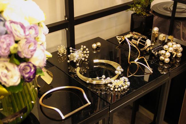 鄭百成店內販售SchulzWorks Jewelry