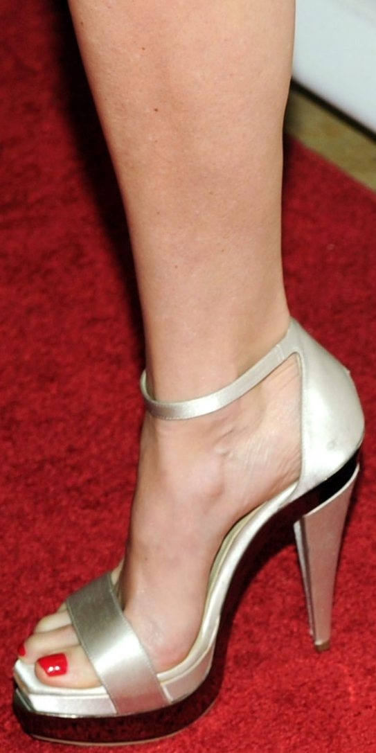Celebritygala  Heather Graham Feet And Legs
