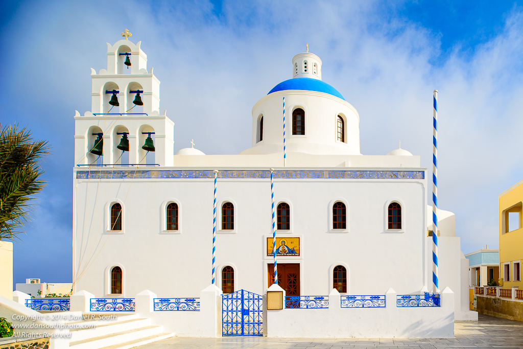 a photo of the big church in oia santorini
