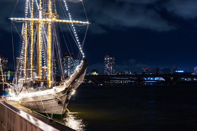 チリ・練習帆船「エスメラルダ」