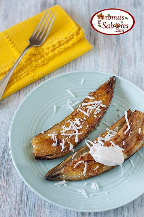 Banana caramelada com óleo de coco