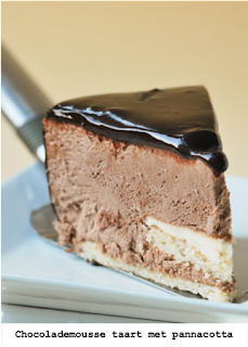 Amandelcake gevuld met panacotta en chocolademousse