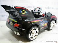 2 Junior Z662 Batman BatMobile Battery-operated Toy Car