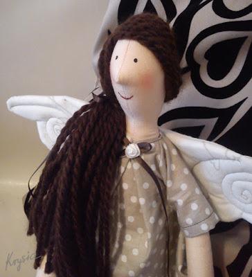 Krysia to uszyła - anielica Mikołajkowa dla Marysi
