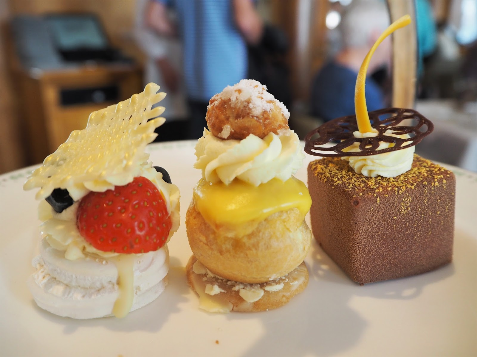 A review of afternoon tea at Betty's in York