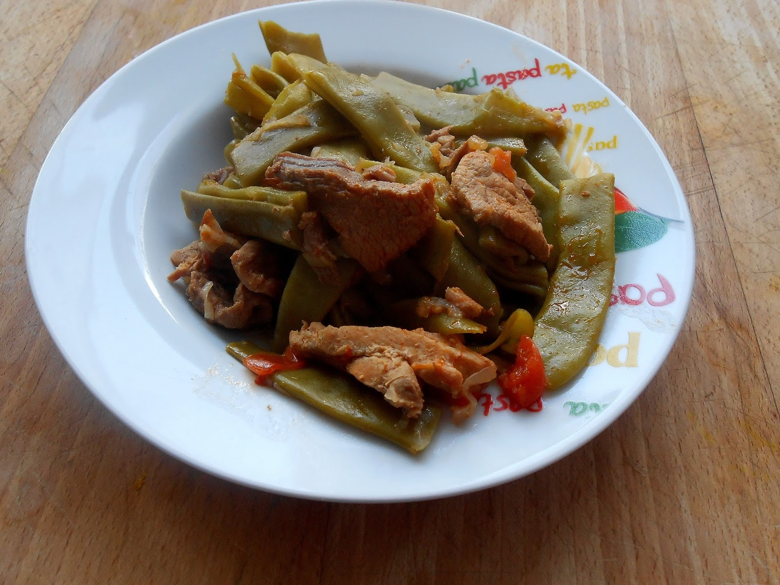 Pomme cannelle etli taze fasulye o haricots plats la - Cuisiner les haricots plats ...