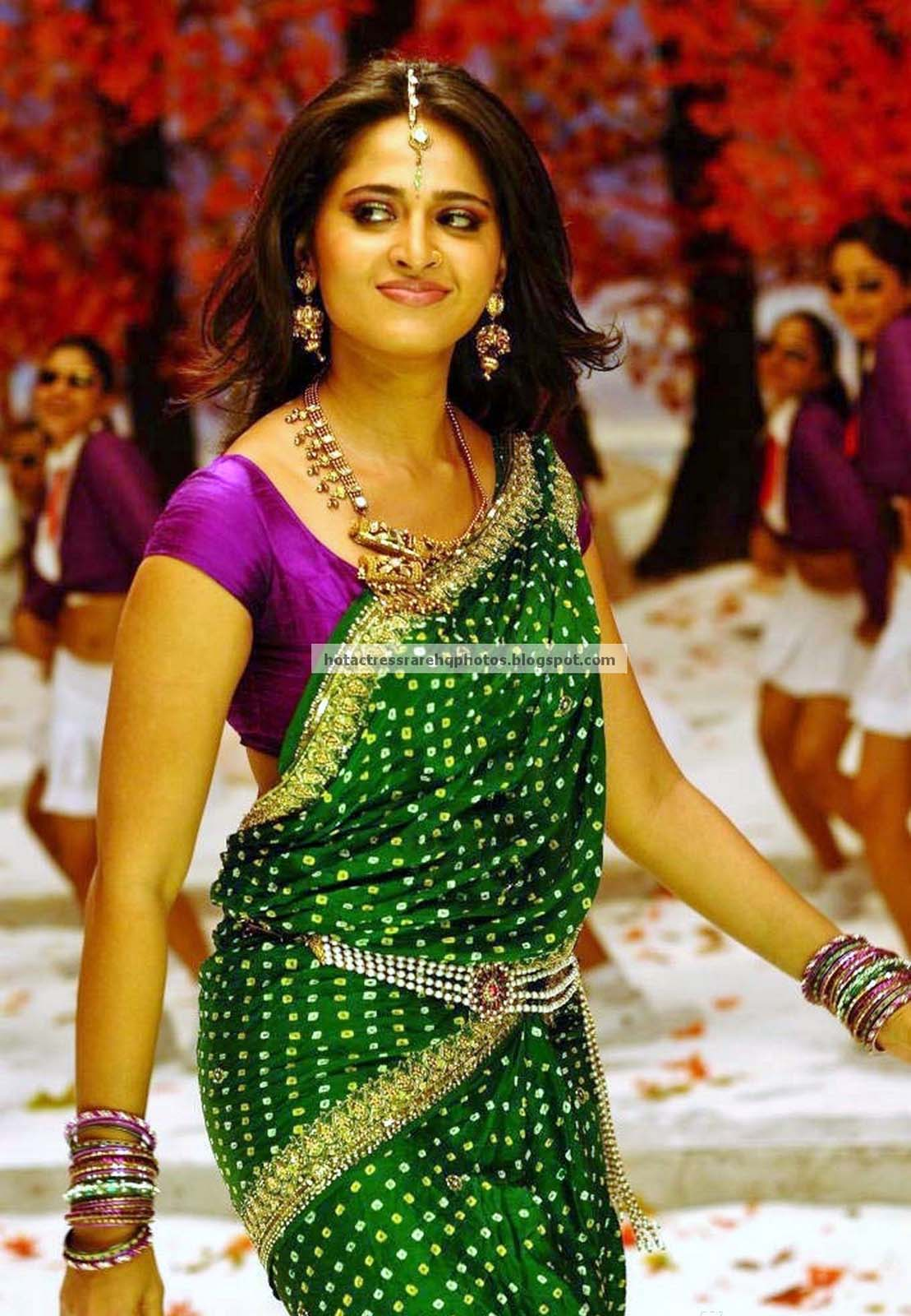 Heroines Dance Photos At Cinemaa Awards 2012: Hot Indian Actress Rare HQ Photos: Telugu Actress Anushka