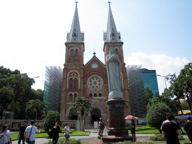 notre dame cathedral saigon ho chi minh vietnam
