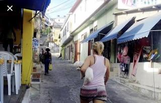 Atenção turistas: App mostra erradamente acesso de carro para Praia do Forno pelo Morro da Cabocla