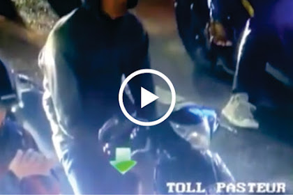 Kepergok Merokok Di Lampu Merah, Pemotor Diminta Matikan Rokok dan Ambil Puntungnya