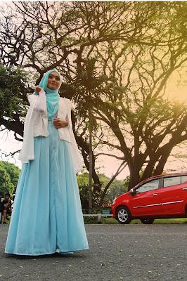 Foto Cewek Model  hijab wisuda untuk wajah lonjong oto Cewek Model  hijab yang cocok untuk kebaya