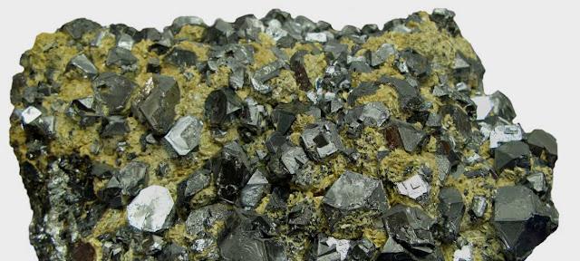 Galena y densidad de los minerales