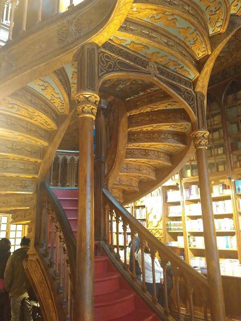 Livraria Lello escada