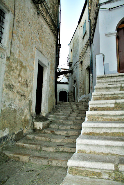 Minervino, borgo antico, borgo antico Minervino, scale, gradini, viuzze