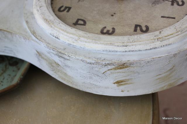 Maison Decor: Waxing the Mora Clock