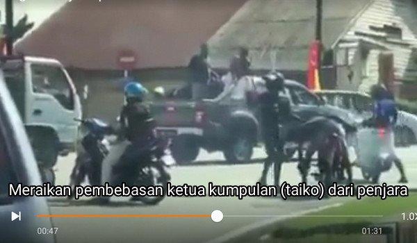 [Video] Meraikan pembebasan ketua kumpulan (taiko) dari penjara