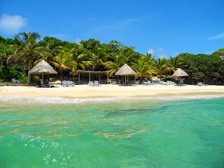 bliss beach, black iguana beach bar, paya bay resort, #payabay, #payabayresort, #blissbeachroatan, #clothingoptional,