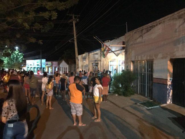 TENSO - Bandidos voltam a explodir banco em Senador Alexandre Costa-MA
