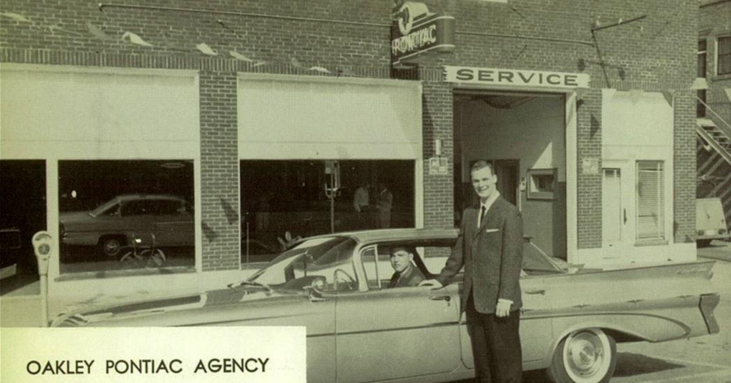 Annualmobiles Oakley Pontiac