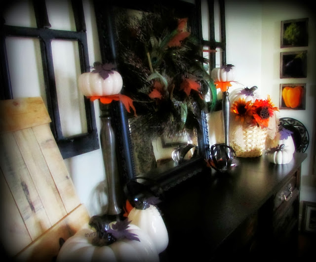 Fall Decor In the Dining Room