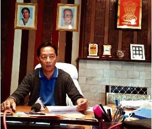 Binay Tamang at Lal Kothi