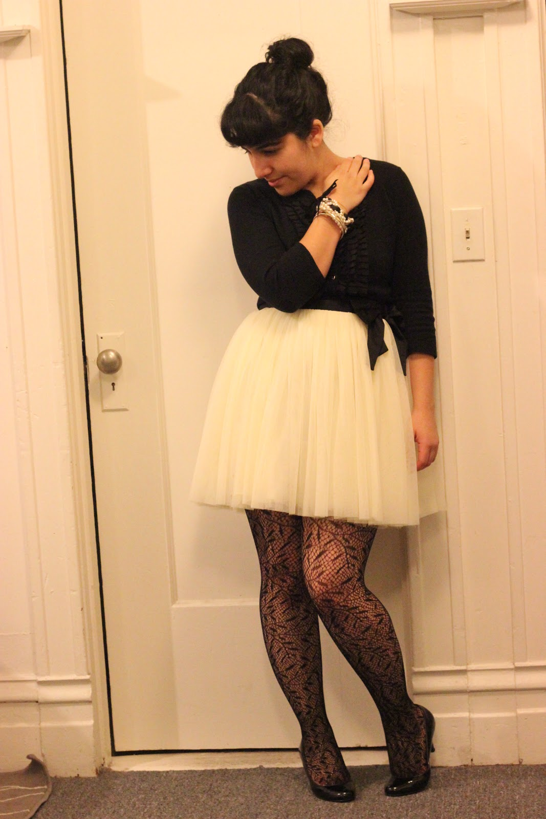 What to Wear with Patterned Tights