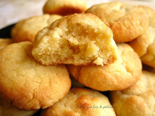Biscuits moelleux aux jaunes d'oeufs et amande