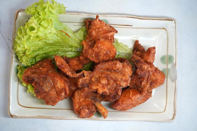 Har-Cheong-Gai-Prawn-Paste-Chicken