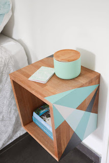 Very Nice FLOATING DIY NIGHTSTAND