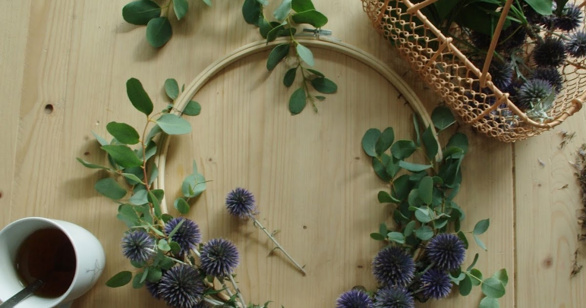 Diy couronne de fleurs murale caract rielle for Decoration murale ginkgo