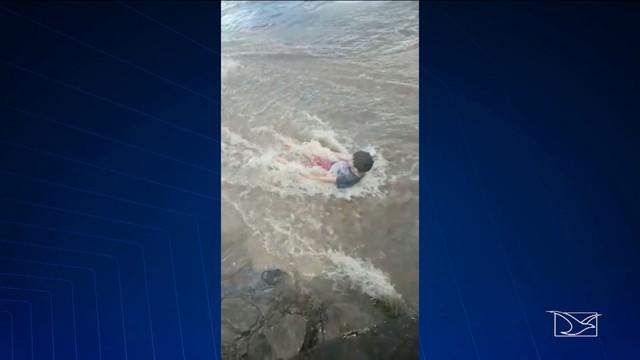 FATALIDADE - Criança morre afogada após ser arrastada pela correnteza no Maranhão