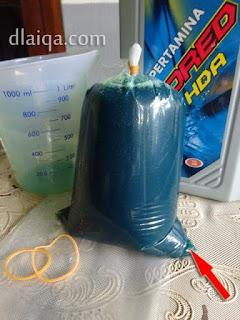 plastik bening untuk mengisi oli gardan