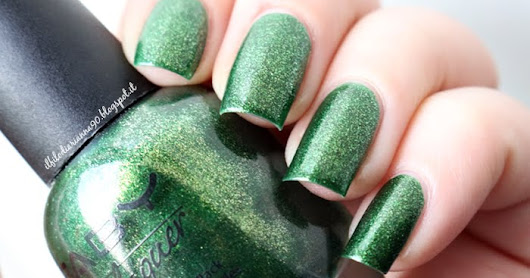 "Review e Swatches: Smalto FABY ""Glittering Chlorophyll"""