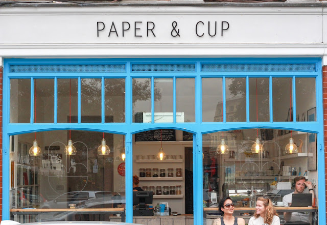paper_and_cup_londres