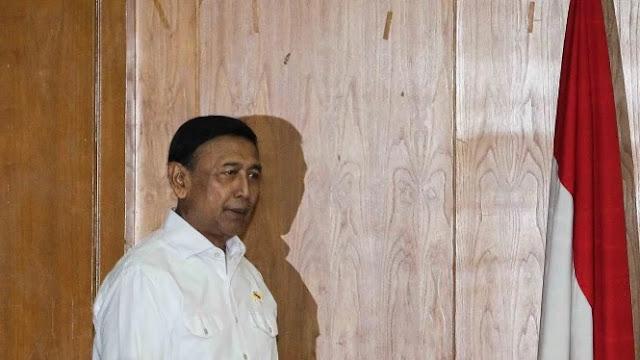 Saling Tantang Wiranto dan Kivlan Zein Bikin Bingung Publik