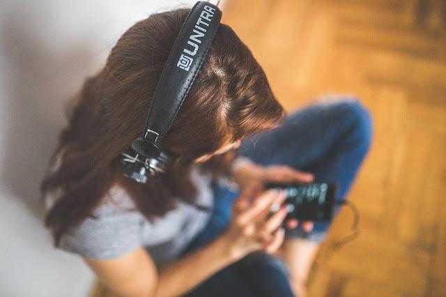 Una GUÍA con varias opciones para vender tu música online, ¿qué plataformas elegir?, ✅ ¿DÓNDE VENDER TU MÚSICA ONLINE? ✅ ¿cómo maximizar tus ingresos? ✅
