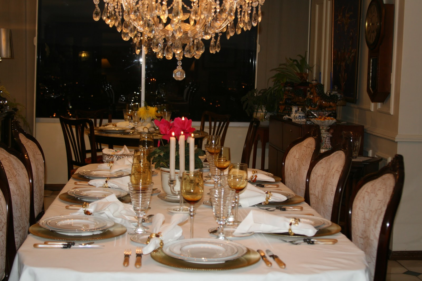 fabby 39 s living fabby table settings for a dinner party. Black Bedroom Furniture Sets. Home Design Ideas