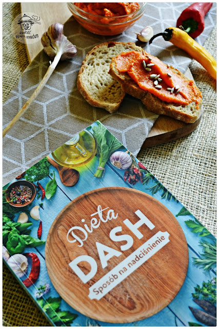 Pasta paprykowa a także recenzja ksiażki ; Dieta DASH, sposób na nadciśnienie...