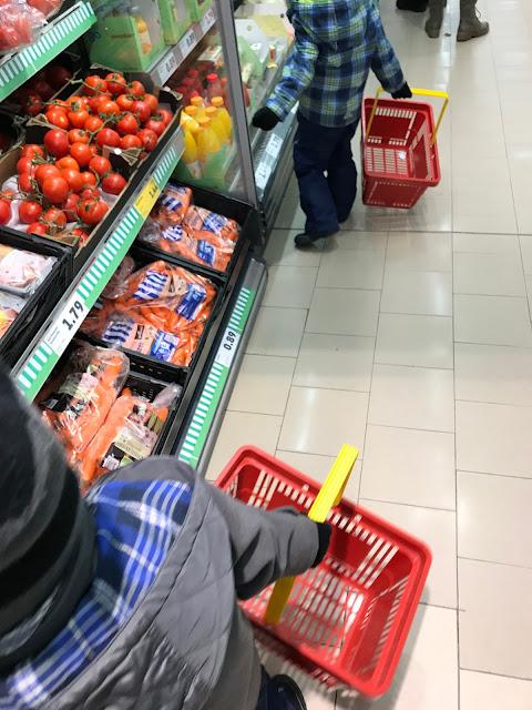 Der Zwuggel und der Wutz im Supermarkt