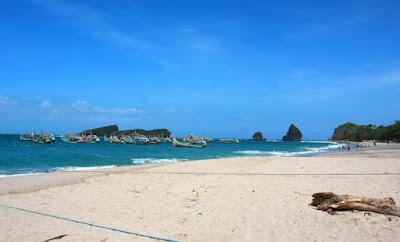 Pantai Papuma Terbaik di jember