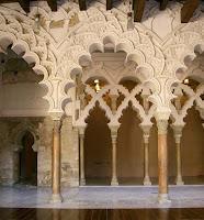 Arcos; Arquerías; Mudéjar; Mudéjares; Aljafería; Castillo; Castillo de la Aljafería; Palacio de la Aljafería; Zaragoza; Aragón