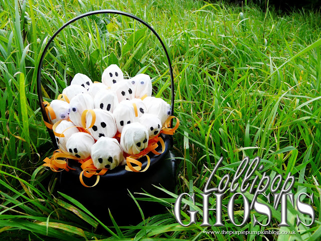 Lollipop Ghosts for Halloween Trick or Treat | The Purple Pumpkin Blog