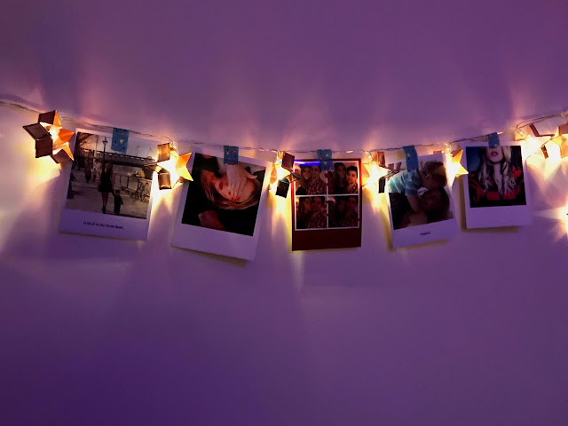 uses-for-fairy-lights-festive-lights-photo-wall