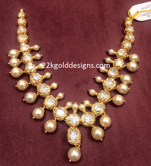 2 Lakhs Simple Moissanite Stones Necklace