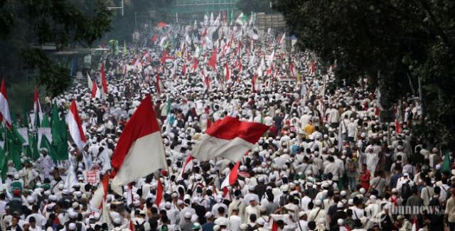 Mewaspadai Pedagang Agama di Tahun Politik
