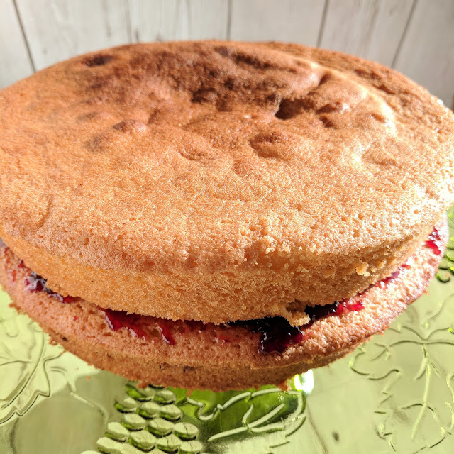 All in one Victoria Sponge Cake